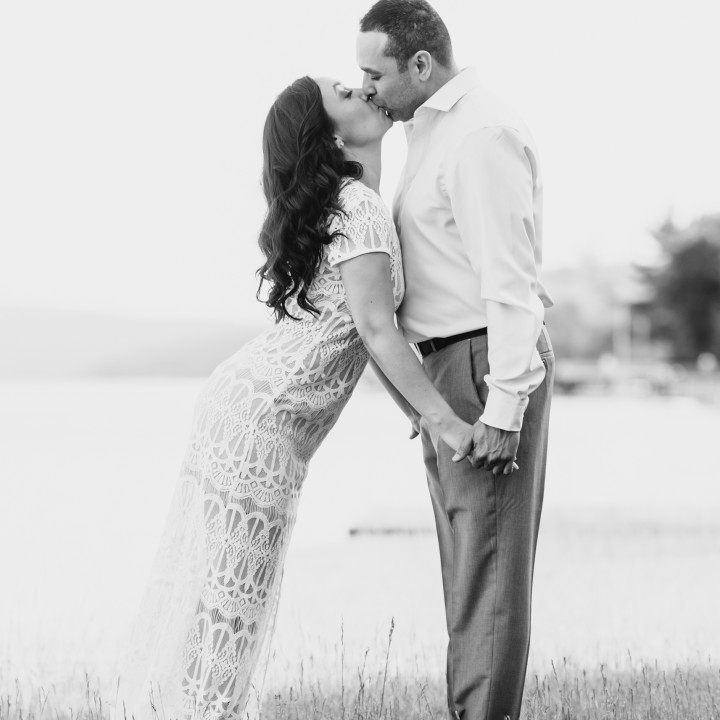 CANANDAIGUA LAKE ENGAGEMENT PHOTOGRAPHY : ANJALI + MICHAEL